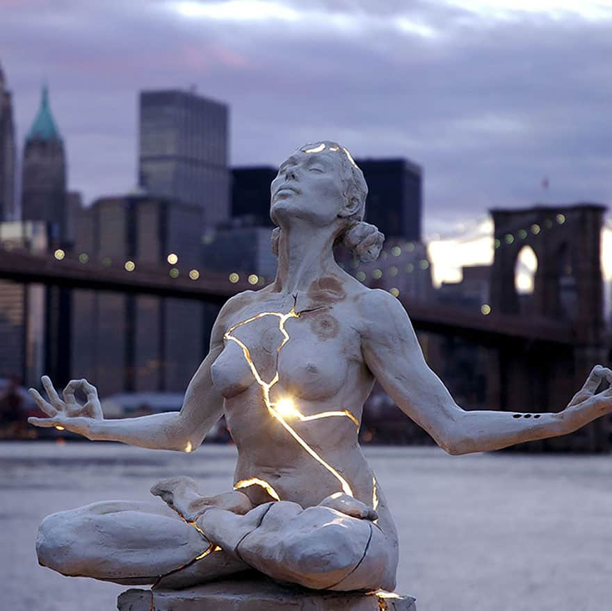most-creative-sculptures-and-statues-you-can-find-around-the-world-61209