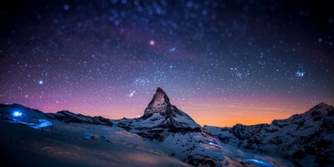The-Night-Sky-Wallpaper-672x372