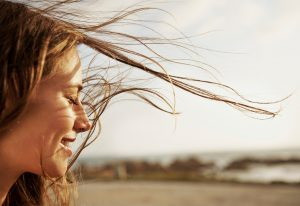 00hair in wind feature