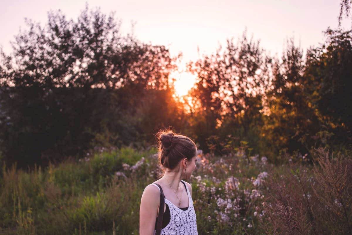 4 Simple Ways to be Mindful All the Time, Without Even Needing to Meditate