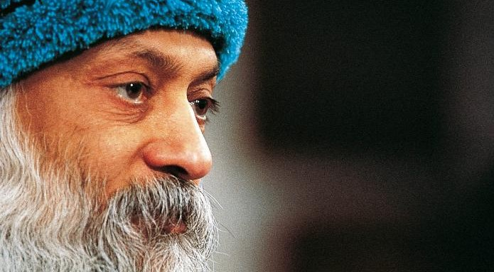 Osho Reveals the Most Simple Strategy to Settle a Busy Mind and Live in the Present Moment