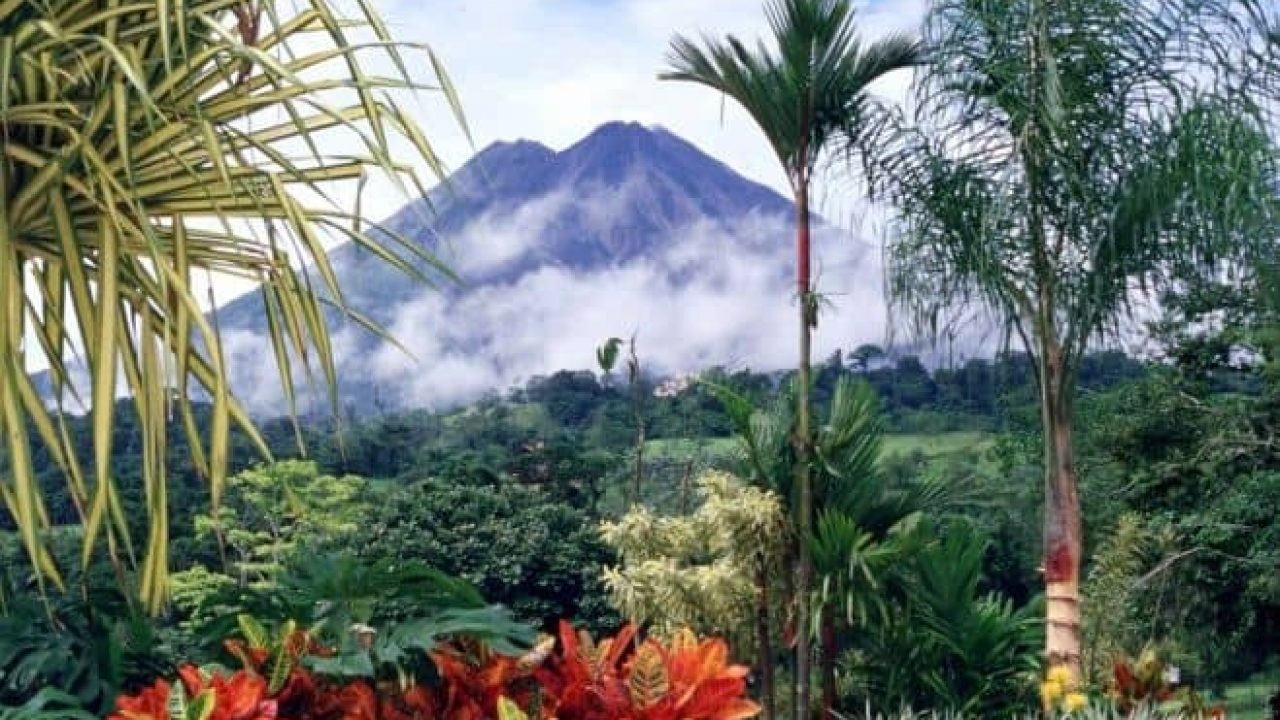 Costa Rica Plans To Be The First Plastic Free And Carbon Free Country In The World By 2021