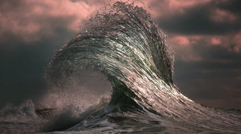 ray collins waves 001 800x445