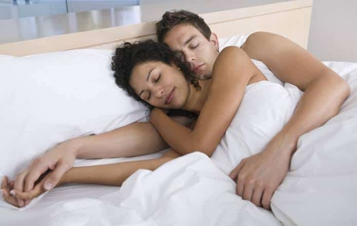How Sleeping Naked Will Make You Healthier And Wealthier
