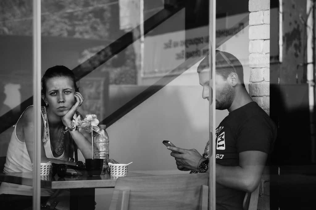 What Is 'Phubbing'? Here's How The Habit Can Ruin Your Relationship 6