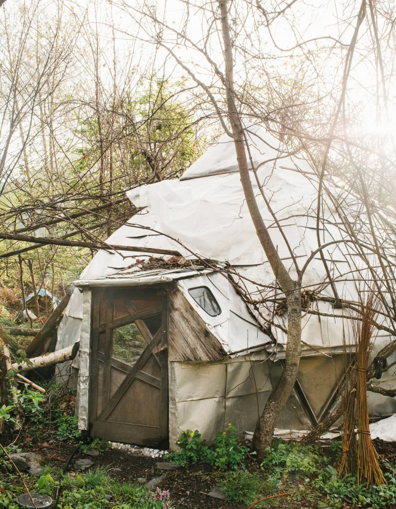 The Tiny Eco Village That's Completely Off Grid 10