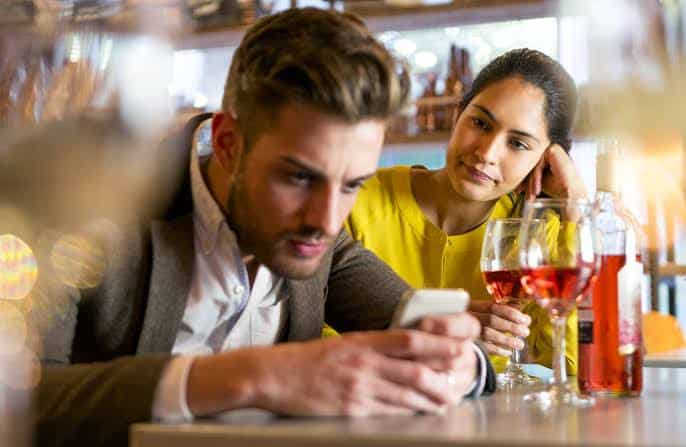 What Is 'Phubbing'? Here's How The Habit Can Ruin Your Relationship 5