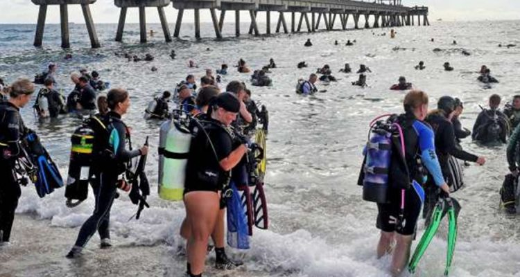 world-largest-beach-cleanup